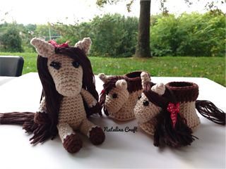 Pattern: Pony - All About Ami   240x320