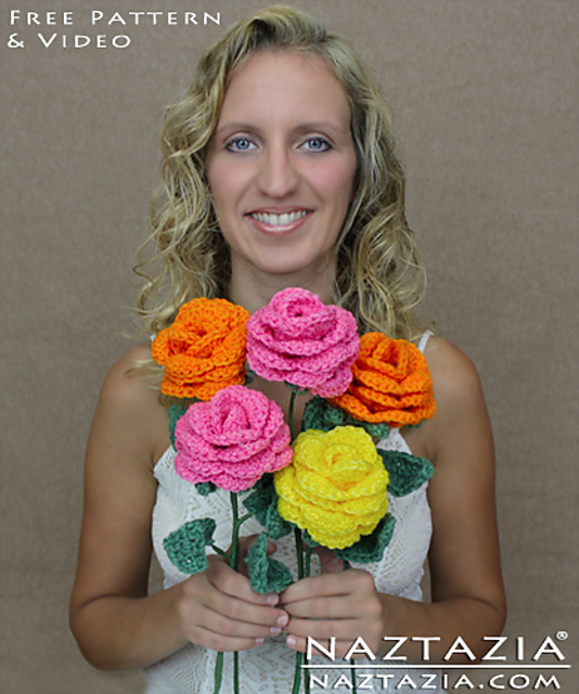 12 Amazing Free Crochet 3D Flower Patterns to Love and Make | 640x534