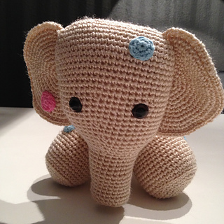 MINI Elephant Nina | Crochet patterns, Handmade soft toys, Crochet | 320x320