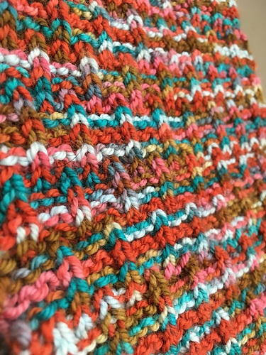 Simple pattern & variegated yarn = beautiful outcome ...