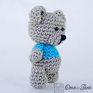 FREE PATTERN: Tiny Teddy Bear – Kristi Tullus | 320x320