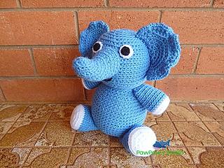 Ravelry: Ellie the Elephant pattern by Carolyne Brodie | 240x320