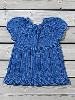 Elsie's Petal Dress pattern by Kate Gondwana