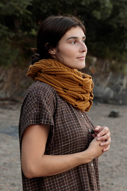 Indie Design Gift Along 2020 Favourite Cowl Patterns 38