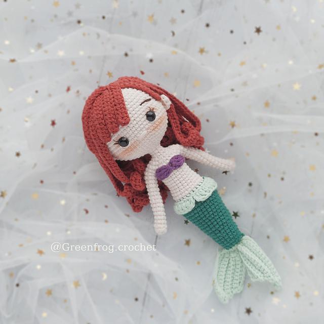 Amigurumi crochet doll pattern: crochet mermaid pattern | 640x640