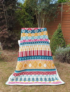 Small blanket. Traditional colourway.