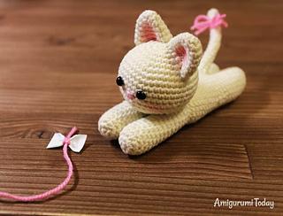 Molly Doll crochet pattern - Amigurumi Today | 244x320