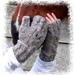 Hootin' It Up Fingerless Mitts pattern