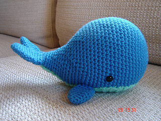 FREE Baby Whale Crochet Pattern | 240x320
