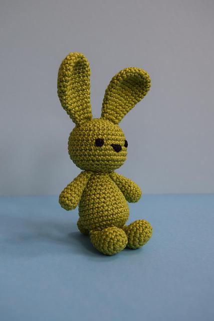 plus 3 crochet: a spring bunny | 640x427