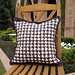 Houndstooth Check Pillow pattern